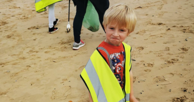 Over a 100 volunteers take part in the Great British Beach Clean Up